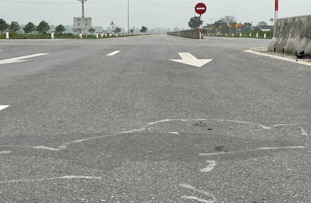 Tai nạn liên tiếp trên tuyến đường gần 550 tỷ chưa được bàn giao - 3