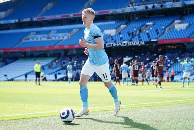 Man City 1-2 Leeds: Đòn knock-out bất ngờ ở phút 90 - 8