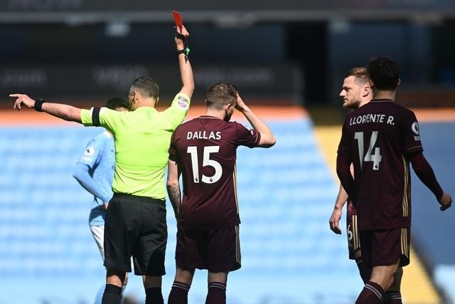 Man City 1-2 Leeds: Đòn knock-out bất ngờ ở phút 90 - 9