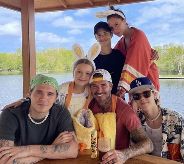 David Beckham và các con cùng khoe hình xăm - 8