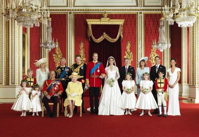 Chuyện tình cổ tích của Nữ hoàng Anh và Hoàng thân  Philip - 5