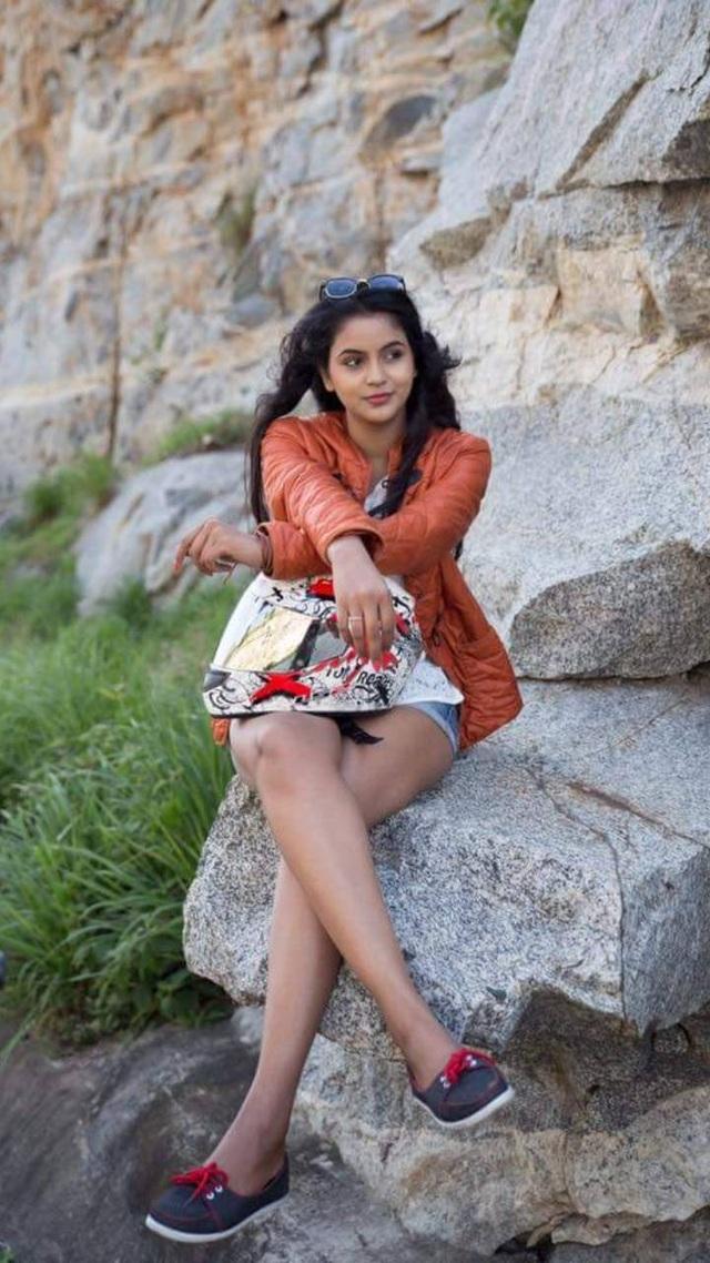 Nữ diễn viên 26 tuổi của Ấn Độ tự vẫn  - 1