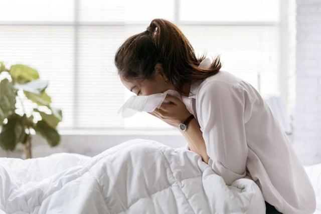 Dấu hiệu u đang phát triển trong phổi - 1