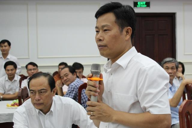 Chủ tịch Cà Mau: Công chức, viên chức trẻ có ý tưởng hay xin cứ nhắn tin - 4