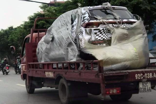 Kia Sonet xuất hiện tại Việt Nam, xe gầm cao đô thị thêm cạnh tranh - 1
