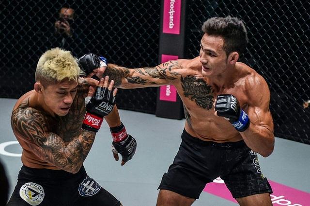 Lộ lý do trận đấu của Martin Nguyễn ở Singapore bị hủy - 2