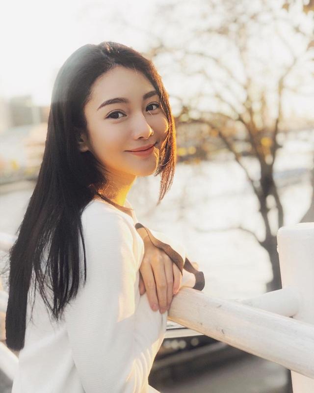 Nữ thần y khoa Đài Loan đẹp như diễn viên điện ảnh, hút hồn dân mạng - 4