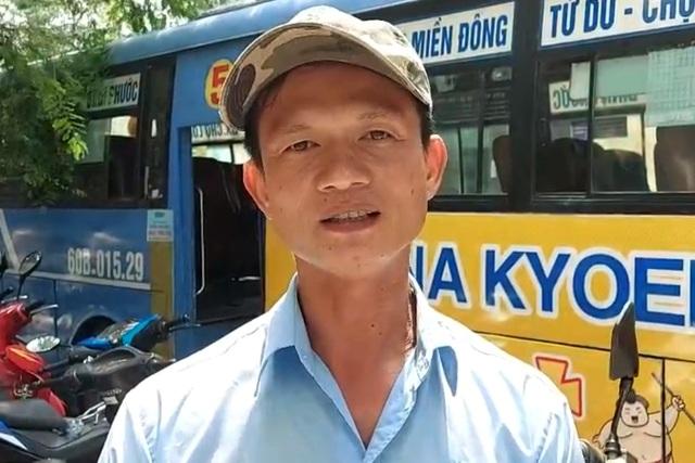 Tài xế xe buýt kể lại thời khắc bị thanh niên ngáo đá cầm dao khống chế - 1