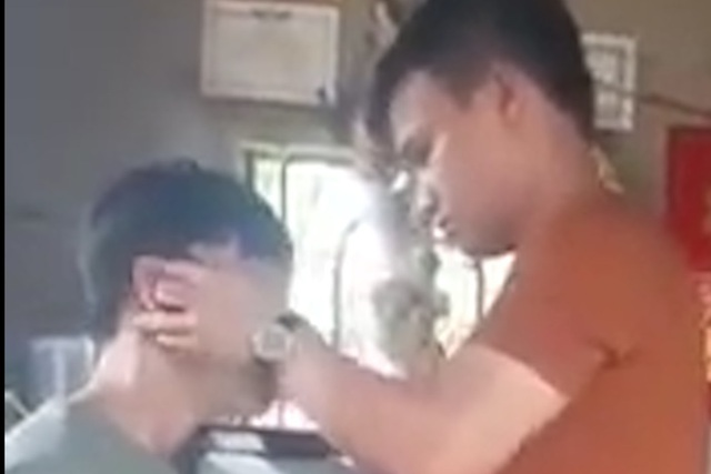 Xôn xao thần y chữa câm điếc bằng cách… rút lưỡi - 1