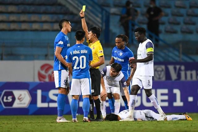 CLB Hà Nội 4-0 Than Quảng Ninh: Quang Hải rực sáng - 7