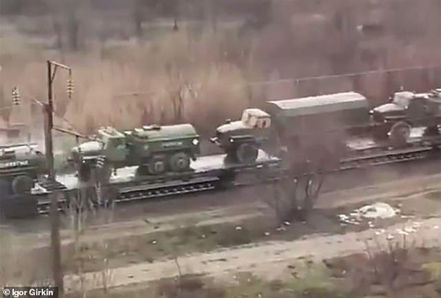 Ukraine ước tính 85.000 quân Nga tập kết sát biên giới - 1