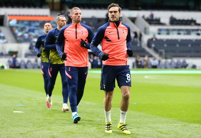 Tottenham 1-3 Man Utd: Màn lội ngược dòng phục hận tuyệt vời - 19