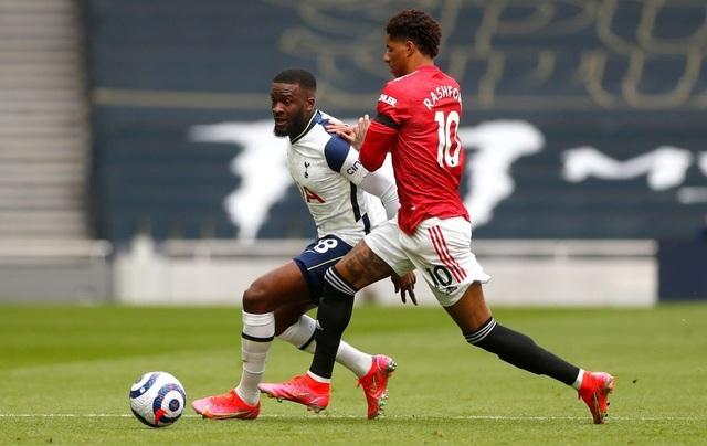 Tottenham 1-3 Man Utd: Màn lội ngược dòng phục hận tuyệt vời - 16