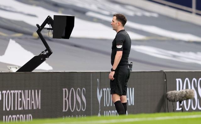Tottenham 1-3 Man Utd: Màn lội ngược dòng phục hận tuyệt vời - 13