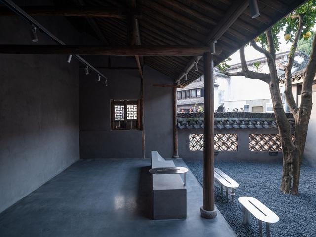 Quán cà phê tái sinh trong ngôi làng cổ hơn trăm tuổi - 8