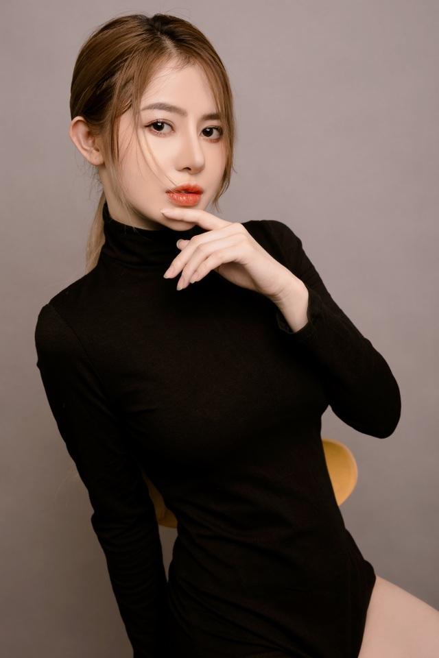 Chuộng phong cách gợi cảm, hot girl Sài Gòn khiến dân mạng thích mê - 13