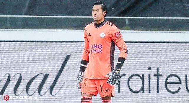 Lần đầu ra sân ở giải Bỉ, ngôi sao Thái Lan nhận cái kết đắng - 1