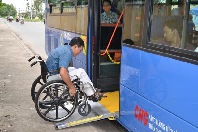 Xe buýt từ chối phục vụ người khuyết tật: Phân biệt đối xử từ trong tư duy! - 7