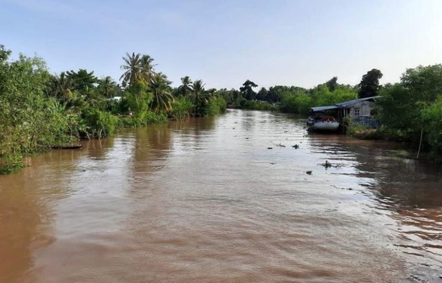 Hai học sinh chết đuối khi bơi qua sông - 1
