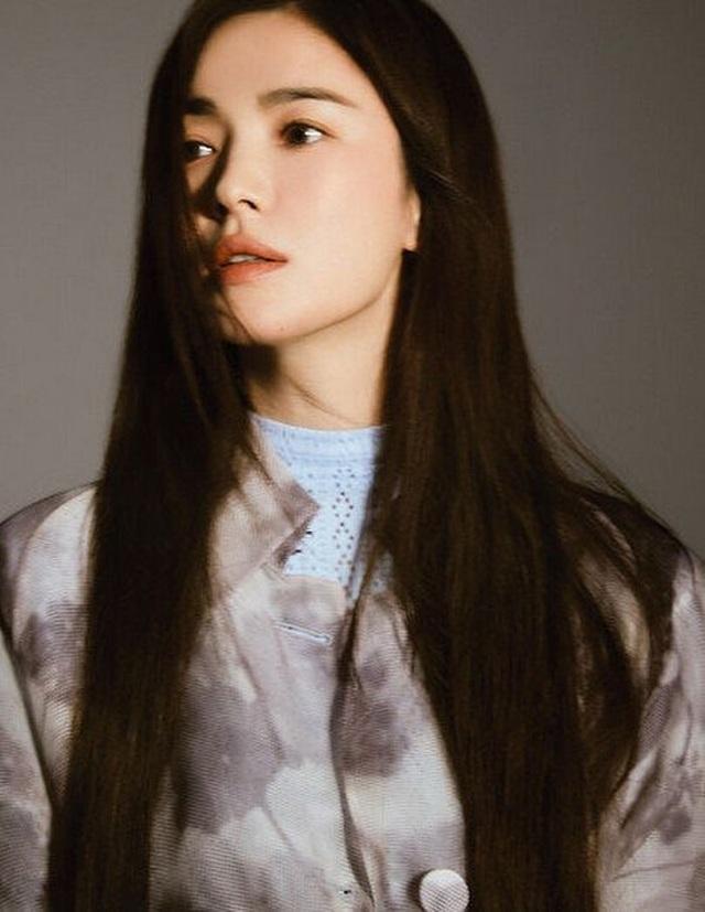 Song Hye Kyo đốn tim người hâm mộ với ảnh chụp trộm - 6