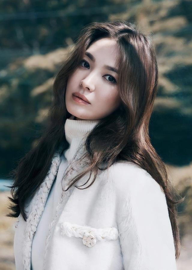 Song Hye Kyo đốn tim người hâm mộ với ảnh chụp trộm - 7