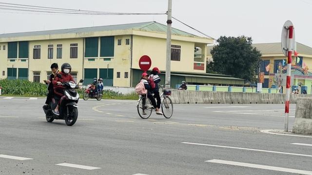 Tai nạn liên tiếp trên tuyến đường gần 550 tỷ chưa được bàn giao - 4