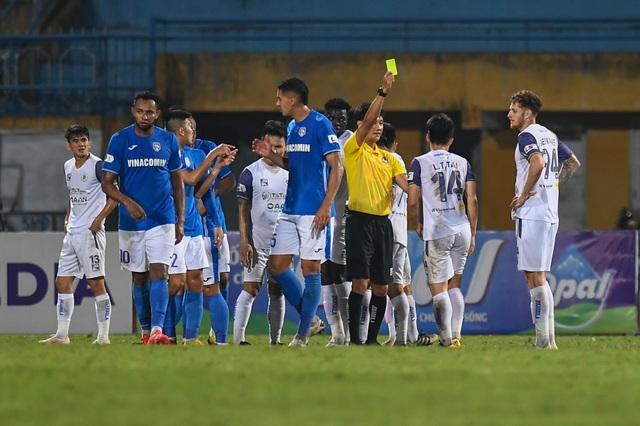 CLB Hà Nội 4-0 Than Quảng Ninh: Quang Hải rực sáng - 6