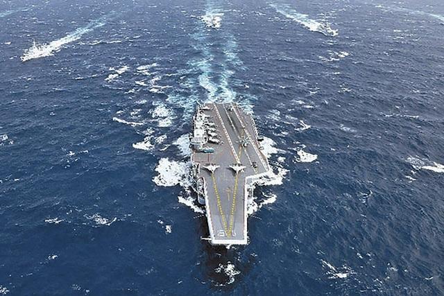Máy bay, tàu chiến Mỹ - Trung dồn dập kéo tới, Đài Loan căng như dây đàn - 1