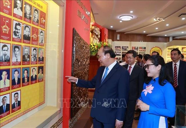 Chủ tịch nước Nguyễn Xuân Phúc: Phấn đấu là thiên đường du lịch an toàn - 1