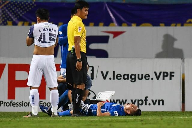 CLB Hà Nội 4-0 Than Quảng Ninh: Quang Hải rực sáng - 13