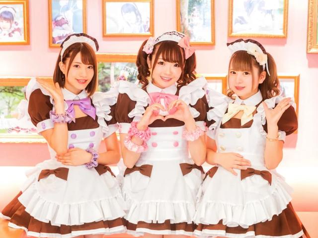 Cà phê hầu gái Nhật Bản - nơi bạn được phục vụ như những vị vua - 7