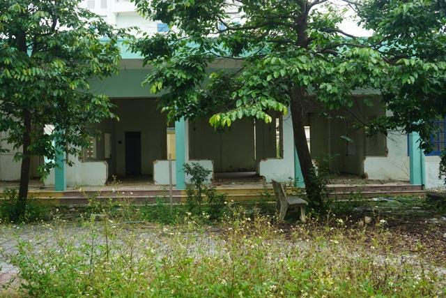 Cận cảnh bệnh viện bỏ hoang giữa khu đất vàng ven biển Đà Nẵng - 12