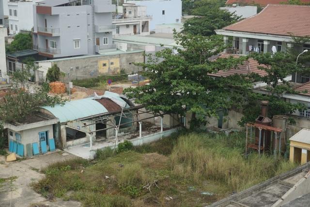 Cận cảnh bệnh viện bỏ hoang giữa khu đất vàng ven biển Đà Nẵng - 7
