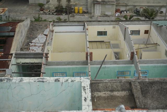 Cận cảnh bệnh viện bỏ hoang giữa khu đất vàng ven biển Đà Nẵng - 4