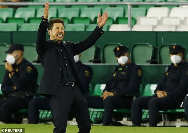 Atletico đòi lại ngôi đầu bảng từ Real Madrid trong nỗi thất vọng - 7