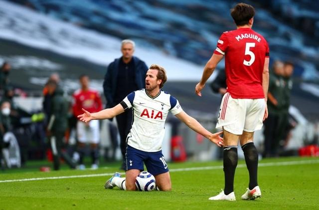 Tottenham 1-3 Man Utd: Màn lội ngược dòng phục hận tuyệt vời - 7