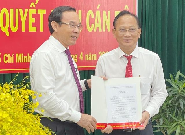 TPHCM chỉ định tân Bí thư huyện Bình Chánh - 1