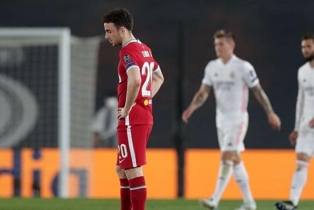 Lượt về tứ kết Champions League: Nhà Vua quỳ gối trước siêu nhân - 3