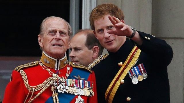 Hoàng tử Harry về Anh chịu tang ông nội, Meghan không đi cùng - 1
