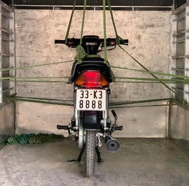 Honda Dream Thái đời 2000 biển tam hoa giá hơn 100 triệu đồng - 1