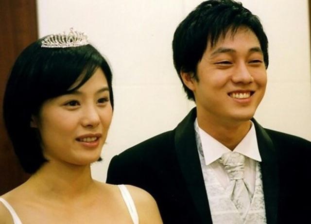 20 năm sau chuyện tình với So Ji Sub, mỹ nhân Giày thủy tinh vẫn cô đơn - 3