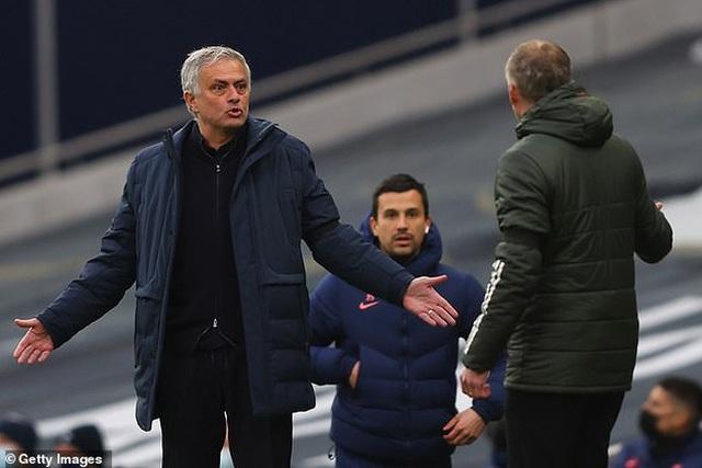 Mourinho thất bại trước Man Utd: Bi kịch ở đáy địa ngục - 3