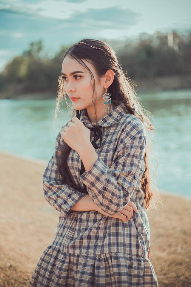 Nữ sinh 10x biết 2 ngoại ngữ, xinh đẹp như bông hồng lai Thái Lan - 12