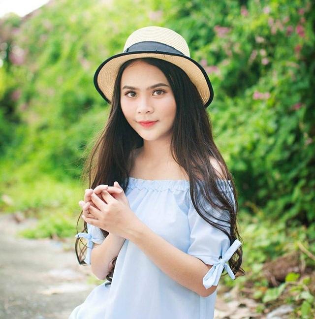 Nữ sinh 10x biết 2 ngoại ngữ, xinh đẹp như bông hồng lai Thái Lan - 3