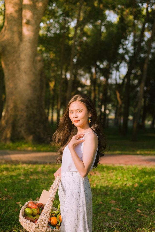 Nữ sinh 10x biết 2 ngoại ngữ, xinh đẹp như bông hồng lai Thái Lan - 9