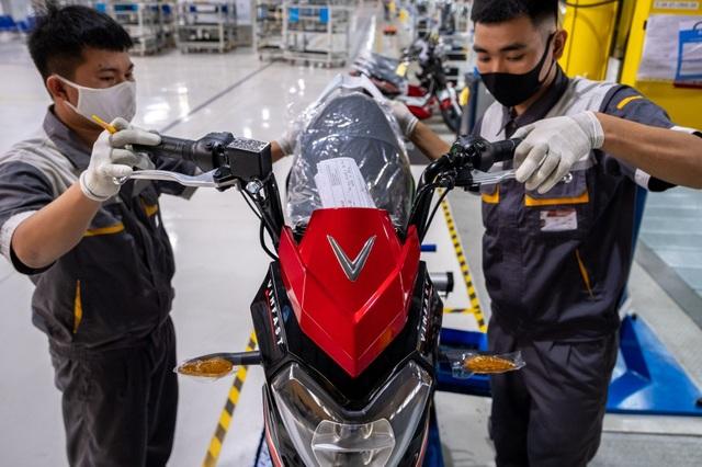 VinFast của tỷ phú Phạm Nhật Vượng xem xét IPO tại Mỹ, thu về 2 tỷ USD - 1