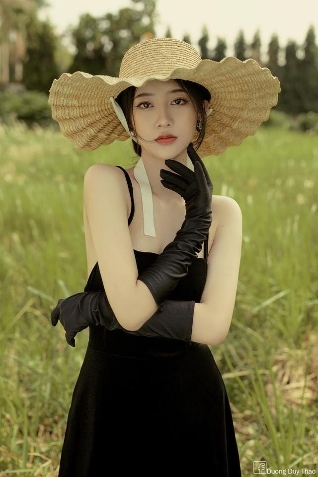 Ngẩn ngơ trước vẻ đẹp mong manh của nàng thơ Đà Lạt - 9