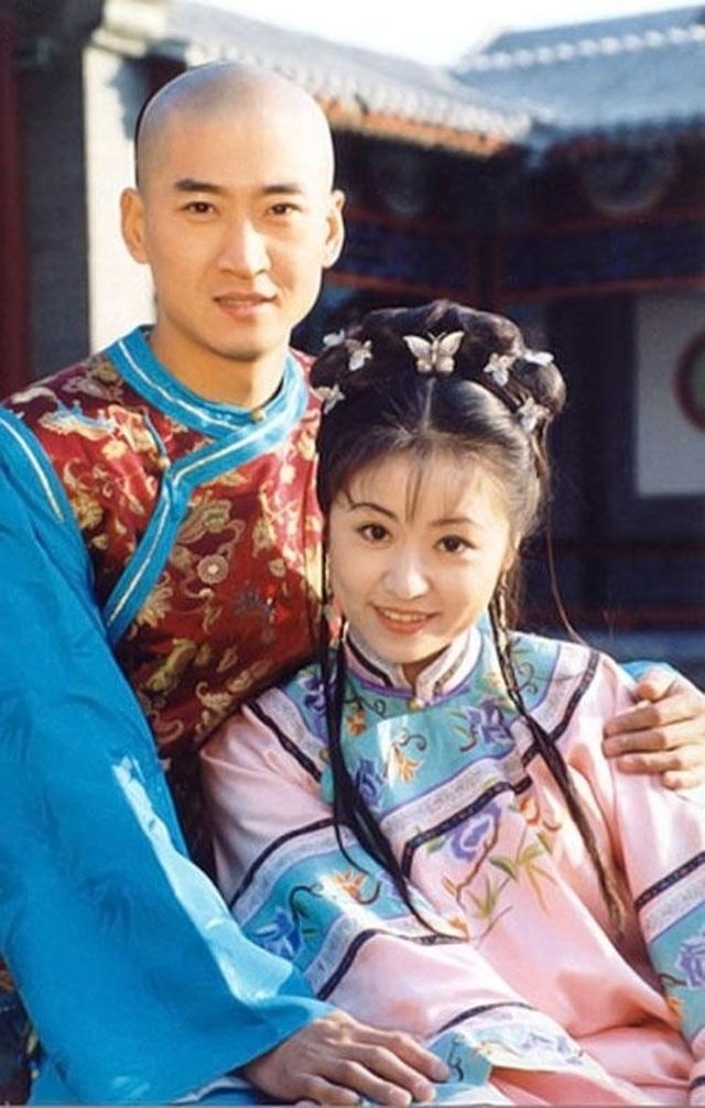 Dàn diễn viên đình đám của Hoàn châu cách cách sau 23 năm - 4