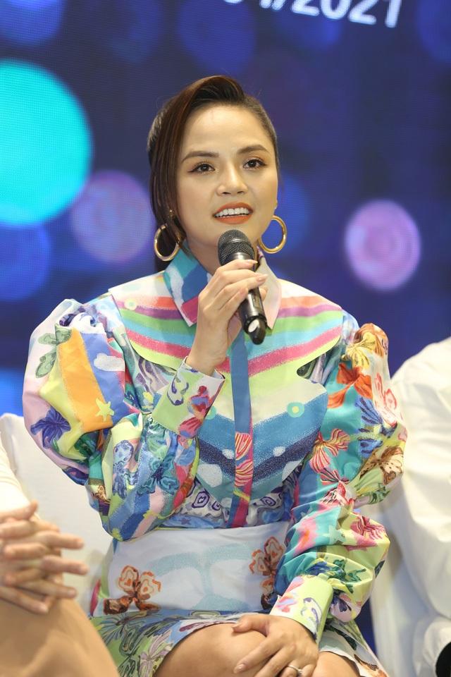 Phương Oanh - Thu Quỳnh tiếp tục đối đầu trong phim mới - 1