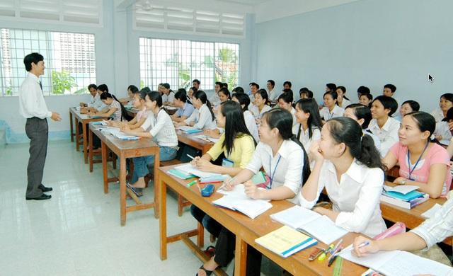Lần đầu tiên triển khai dạy và học pháp luật chuyên sâu trong trường nghề - 1